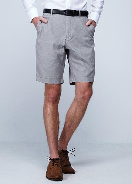 褲口反摺五分短褲