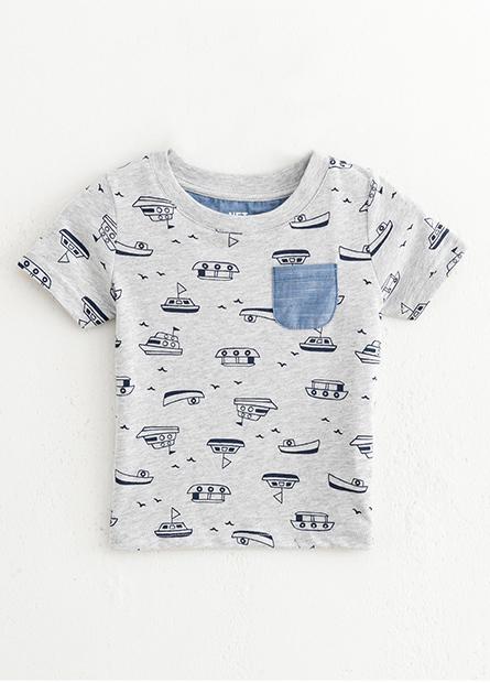 男嬰兒滿版小船單口袋上衣