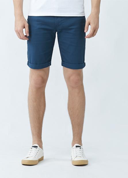 修身直筒反摺牛仔短褲