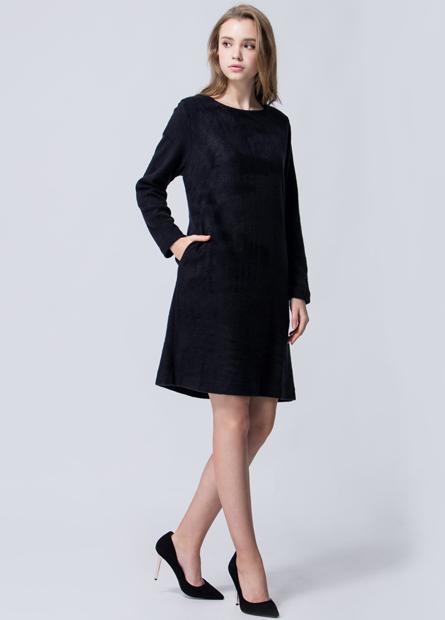 素色混紡羊刷毛直筒長版洋裝
