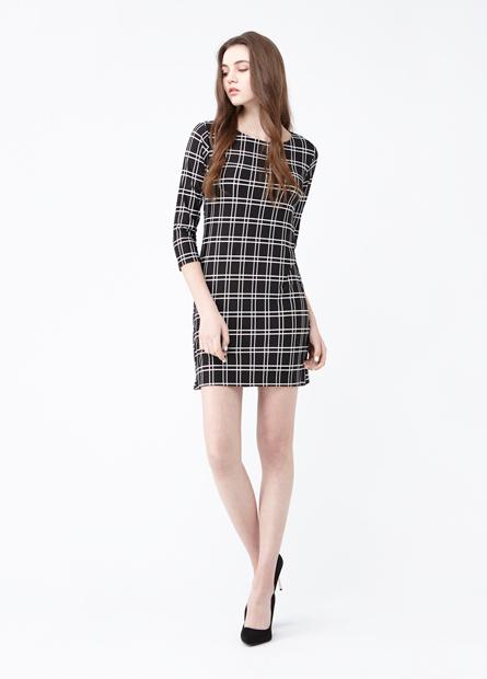 條紋印花七分袖圓領洋裝