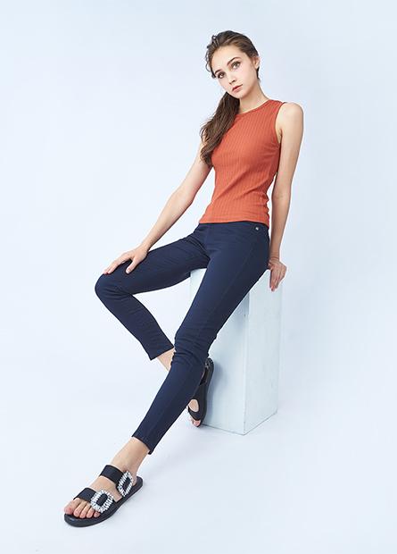 Skinny Fit窄管多色牛仔褲