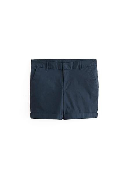 素色反摺休閒短褲