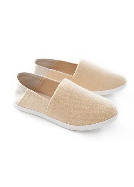 女後踩兩穿休閒鞋