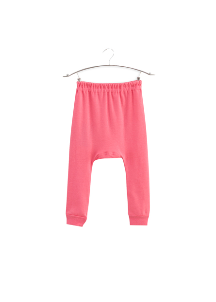 女嬰初生長褲