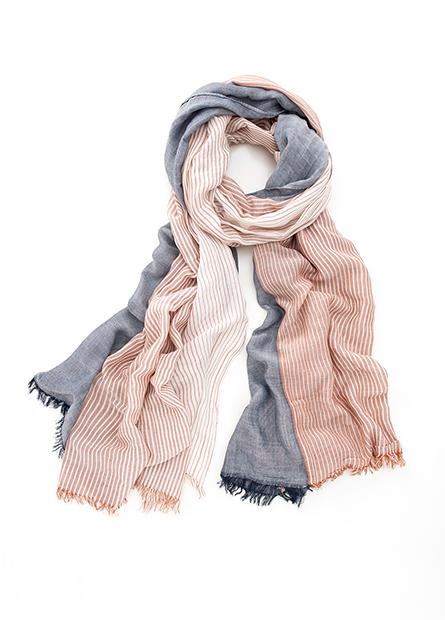 直條紋鬚邊絲巾