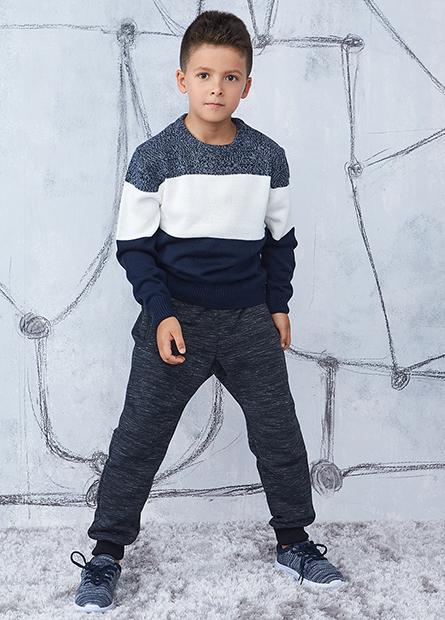 男童圓領長袖毛衣