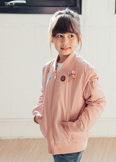 女童鋪棉繡圖飛行外套