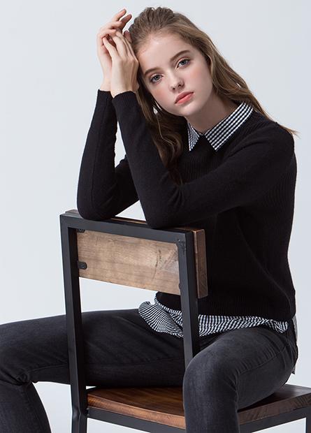 假兩件襯衫領襬毛衣