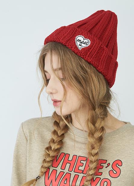 繡愛心字母翻邊毛線帽