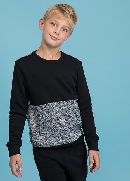 男童拼接標章內刷毛上衣