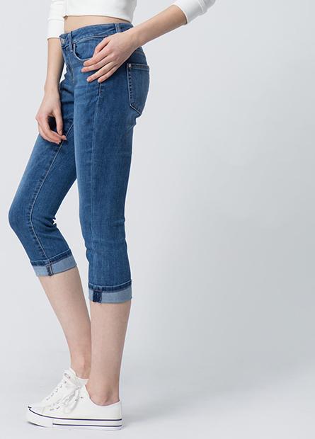 Slim Fit直筒牛仔七分褲