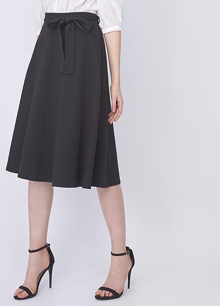 素色腰綁帶打摺中長裙