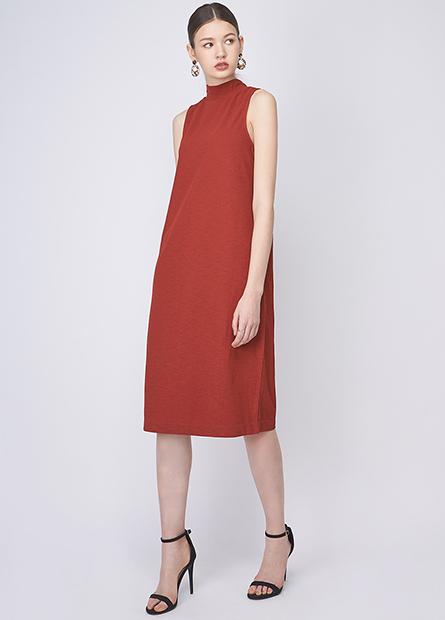 背排釦立領合身長洋裝