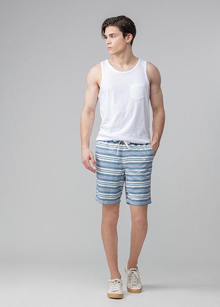 Classic Fit鬆緊短褲
