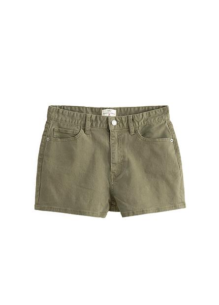 素色標準牛仔短褲