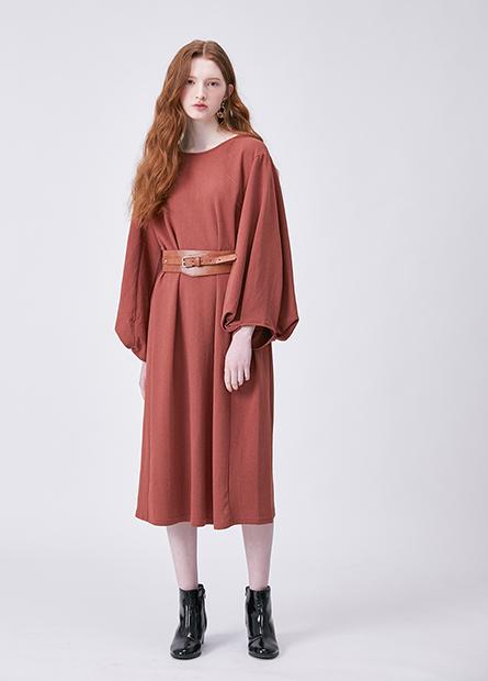 素色燈籠袖長版洋裝
