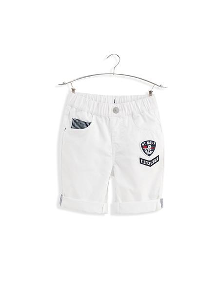 男嬰反摺配條繡布圖短褲