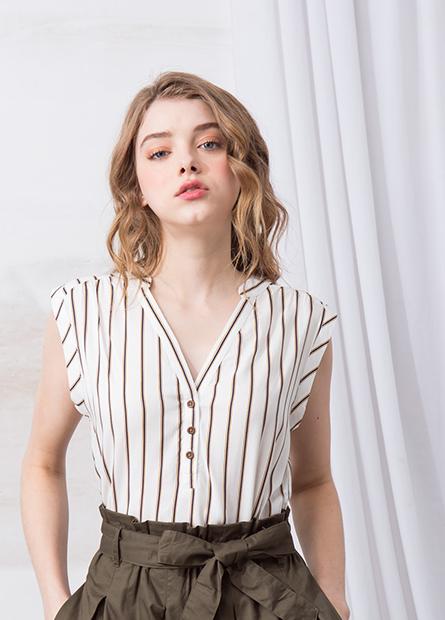 開襟釦V領背心