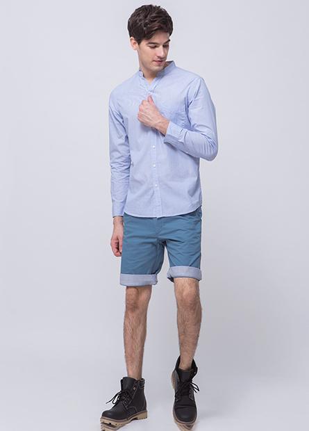 Regular Fit單口袋V領襯衫