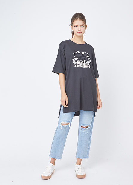 鯨魚鯊魚繡圖字寬鬆T