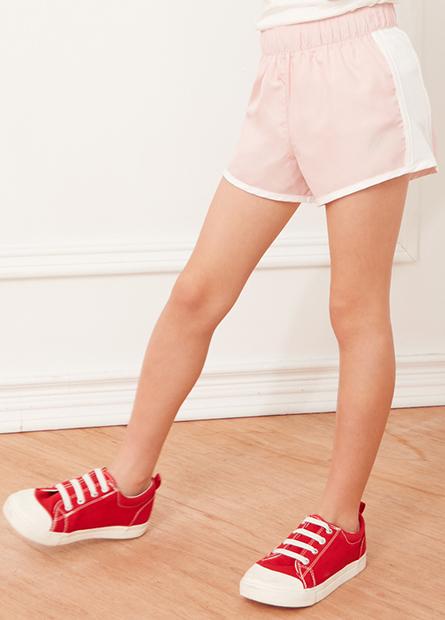女童配色印字慢跑短褲