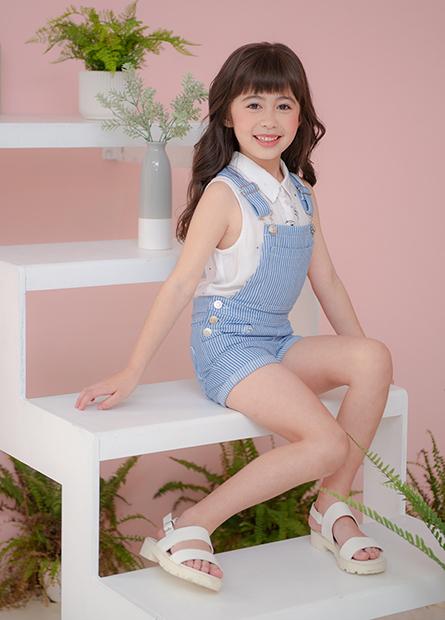 女童反摺吊帶短褲