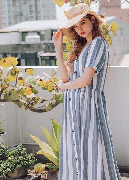 亞麻混紡排釦洋裝