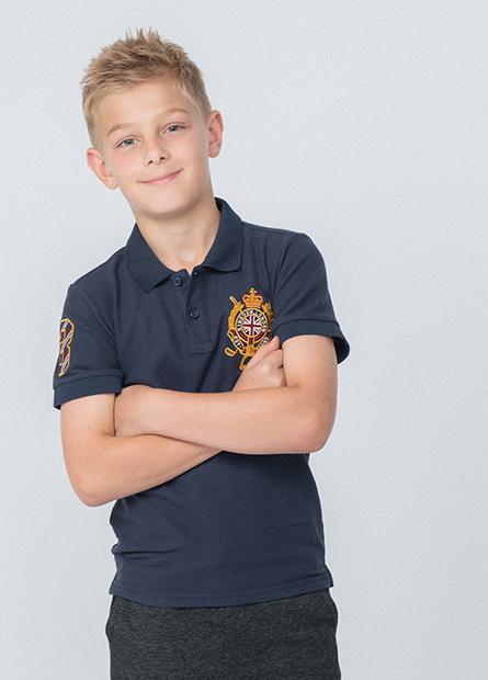 男童左胸徽章POLO衫