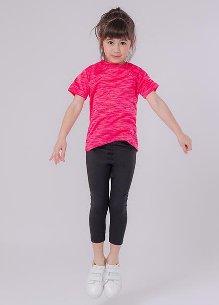 女童左胸印字運動上衣