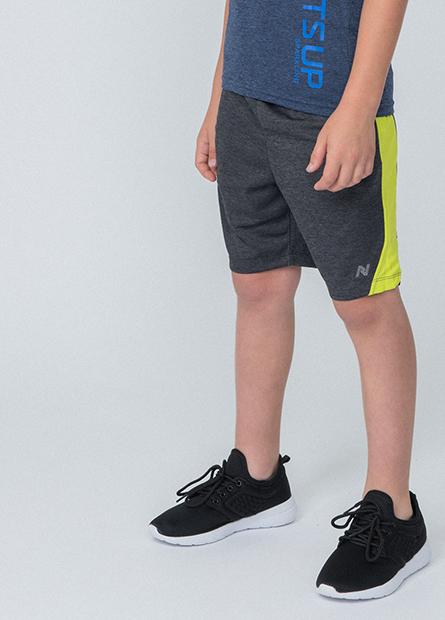 男童配色拼接印字短褲