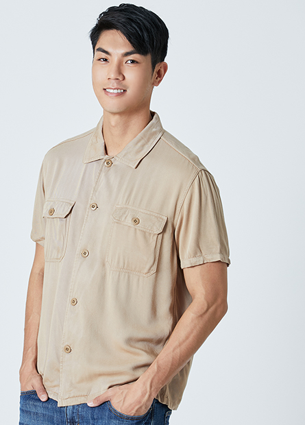 雙口袋短袖襯衫