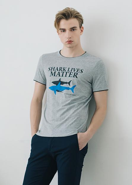 鯊魚字母T