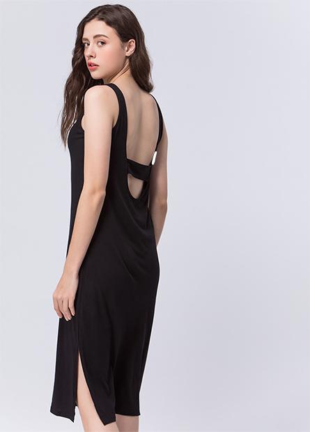 寬肩後挖背側開衩洋裝