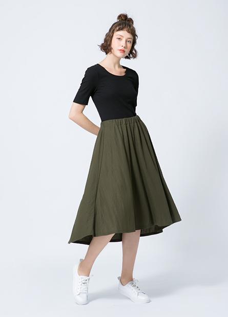 素色針織中長裙
