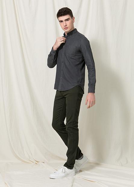 Skinny Fit窄管牛仔色褲