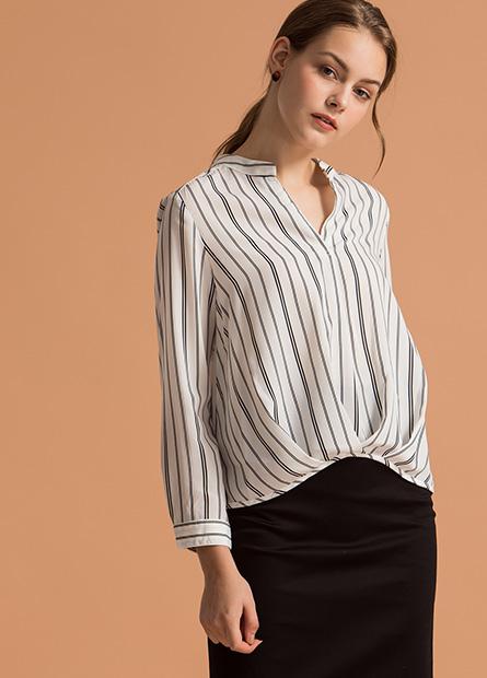 V領變化下襬長袖上衣