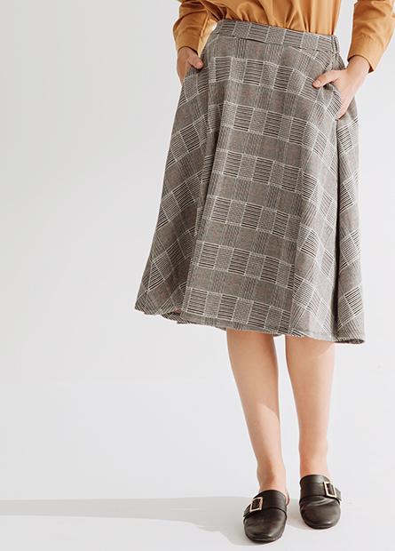 格紋中長裙