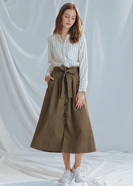 腰綁帶排釦圓長裙