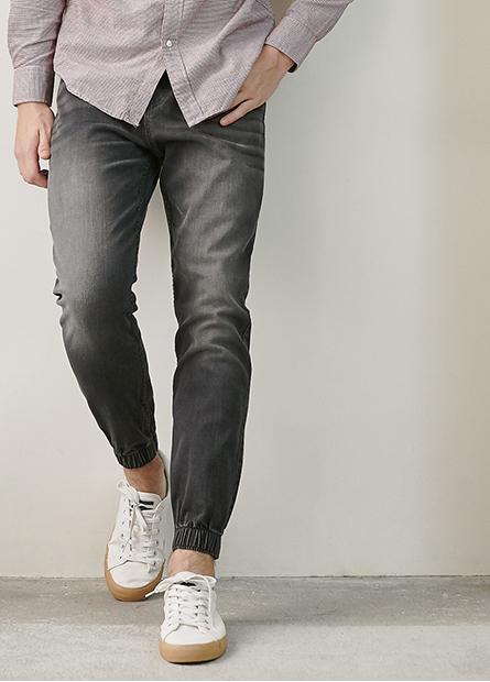 Slim Fit修身牛仔束口褲
