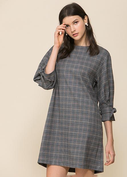 打摺袖綁結洋裝