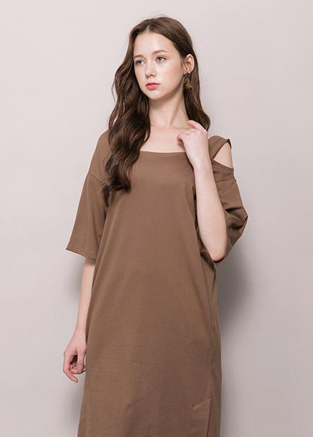 素色單肩帶直筒洋裝