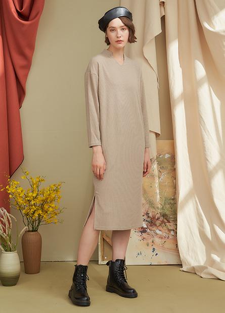 小V領羅紋洋裝