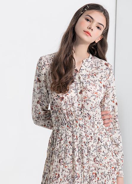 排釦印花連身洋裝