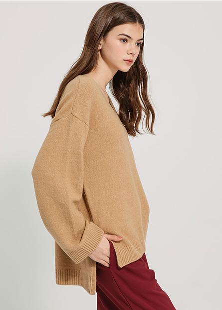 寬袖落肩V領毛衣