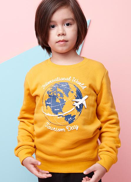 男童刷毛旅行地球大學T