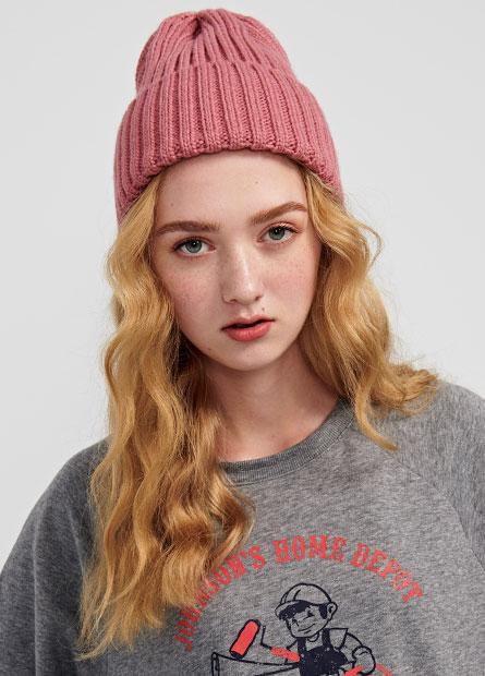 冰島毛粗針反褶毛帽