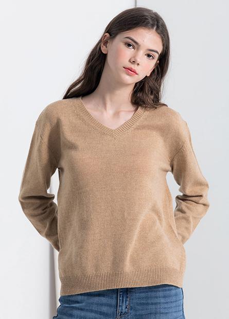 下襬開衩V領毛衣