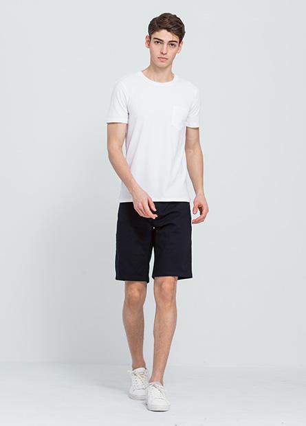 Slim Fit修身直筒短褲