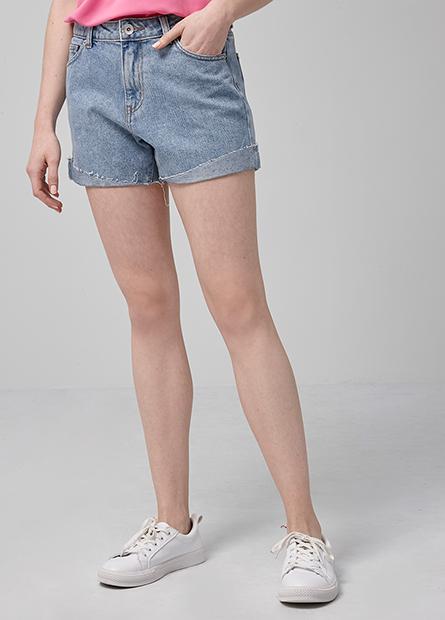 造型鬚邊牛仔短褲